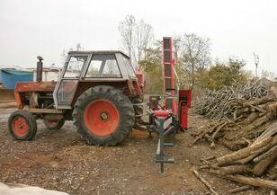 cepilec za drva CATERPILLAR FARMI-FOREST '15