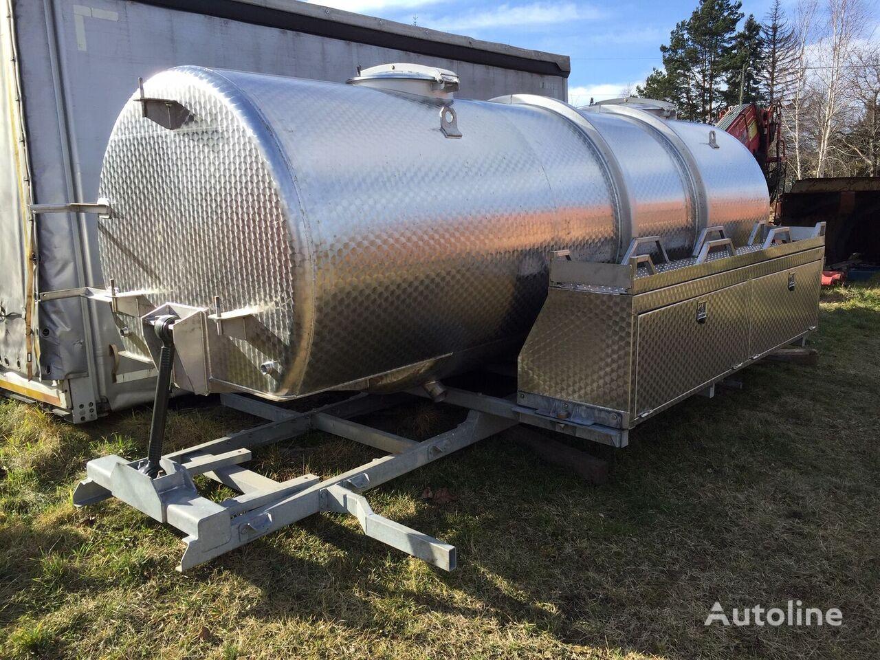 nova cisterna za živila RENAULT premium