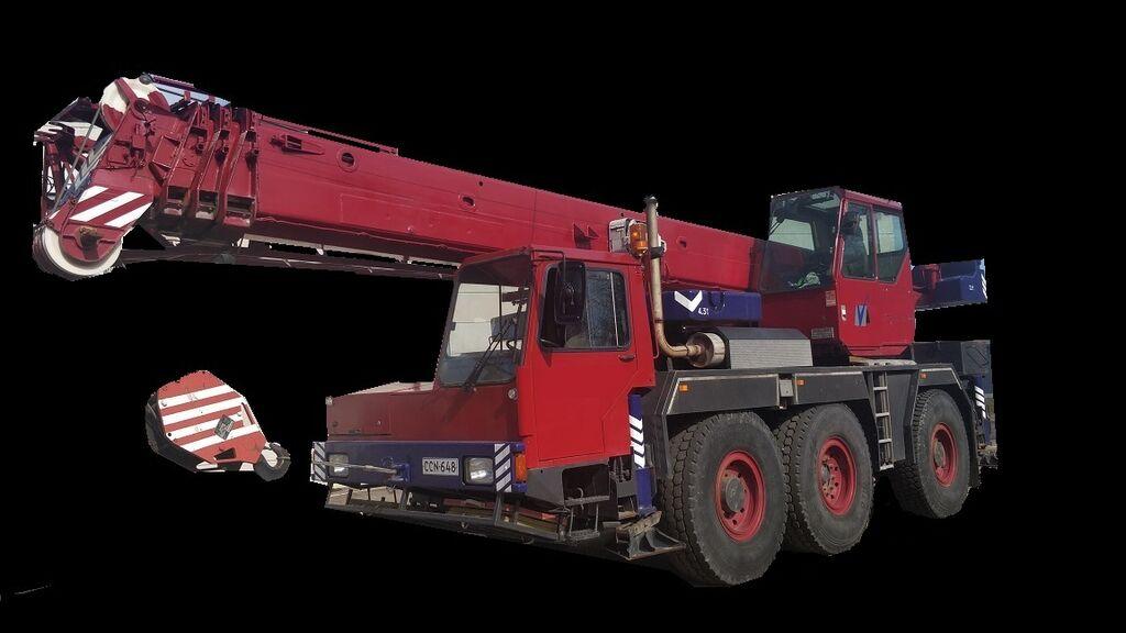 avtodvigalo LIEBHERR LTM 1040-3