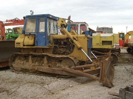 buldožer KOMATSU D65E-8