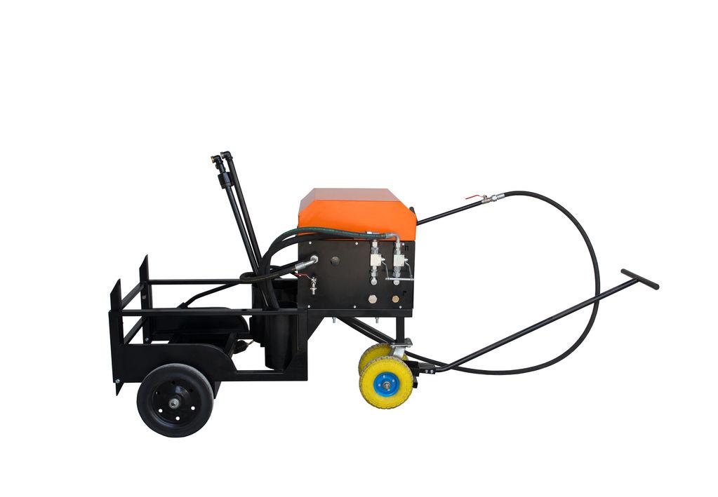 nova cisterna za brizganje emulzije Skrapiarka do emulsji bitumicznej / Asphalt Sprayer Ticab BS-200