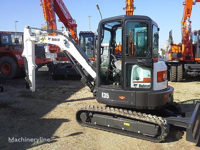 nov mini bager BOBCAT E35