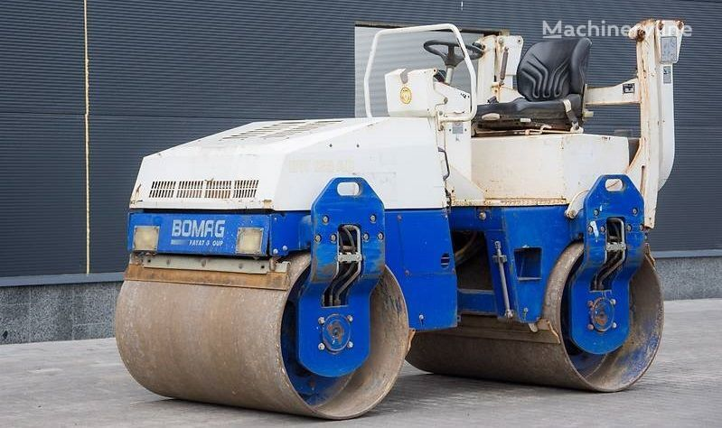 mini valjar BOMAG BW 135