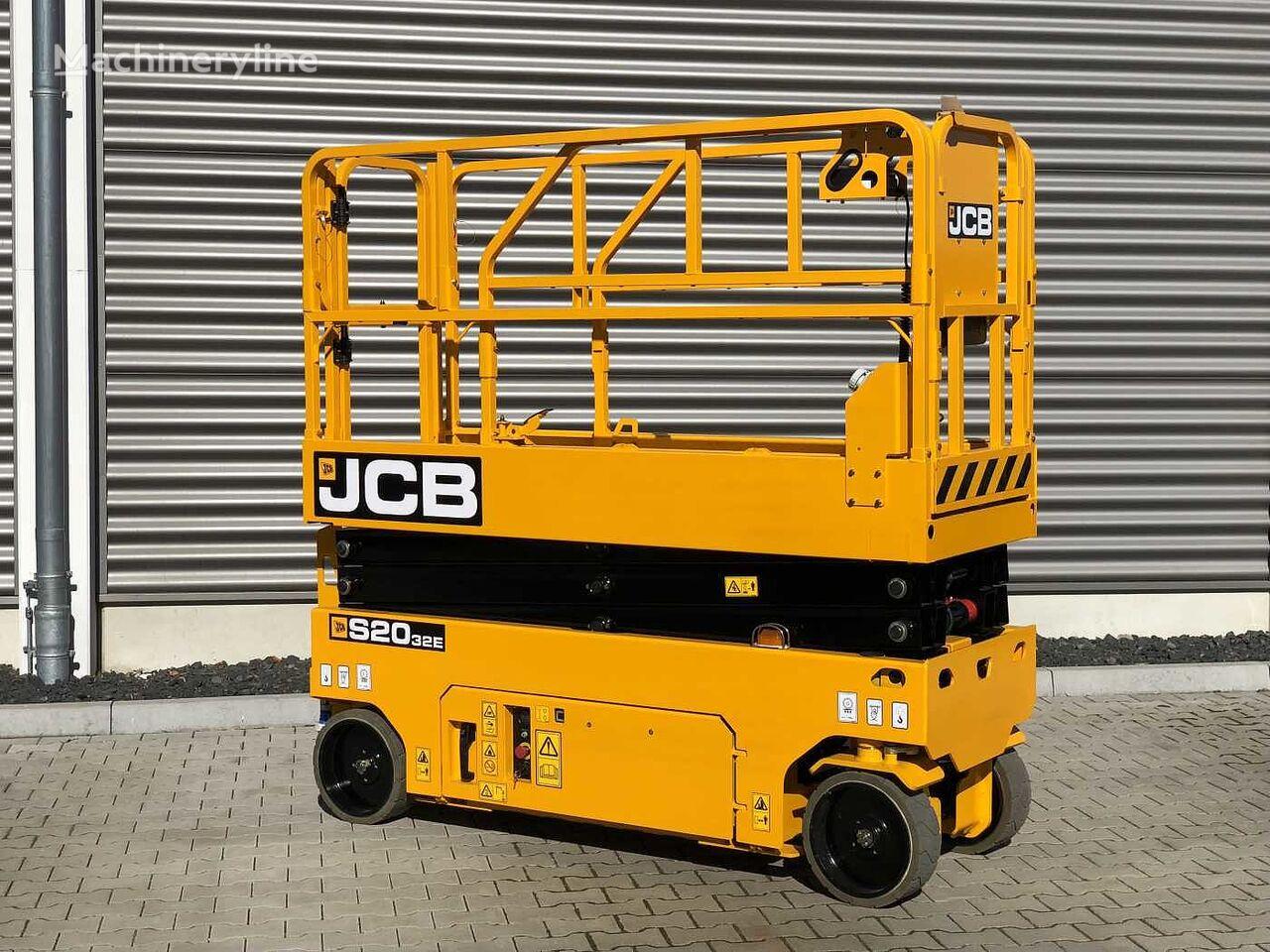nova škarjasta dvižna ploščad JCB S2032E
