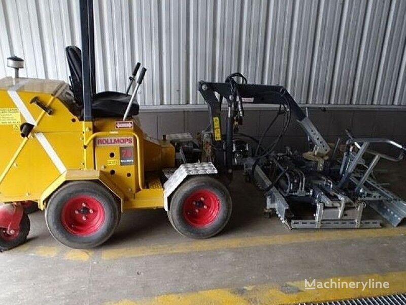 stroj za tlakovanje ROLLMOPS paving machine