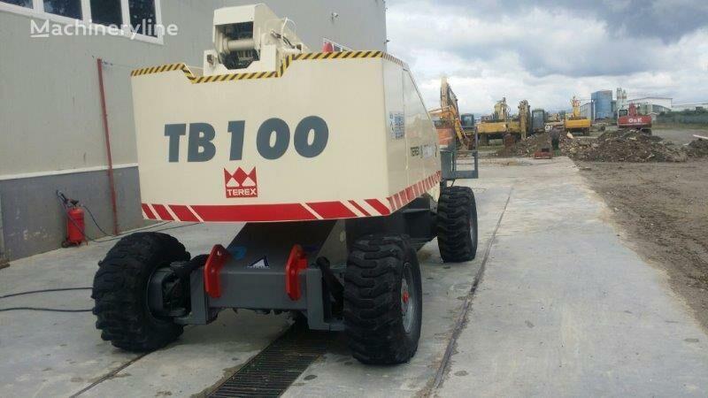 teleskopsko dvigalo TEREX TB100