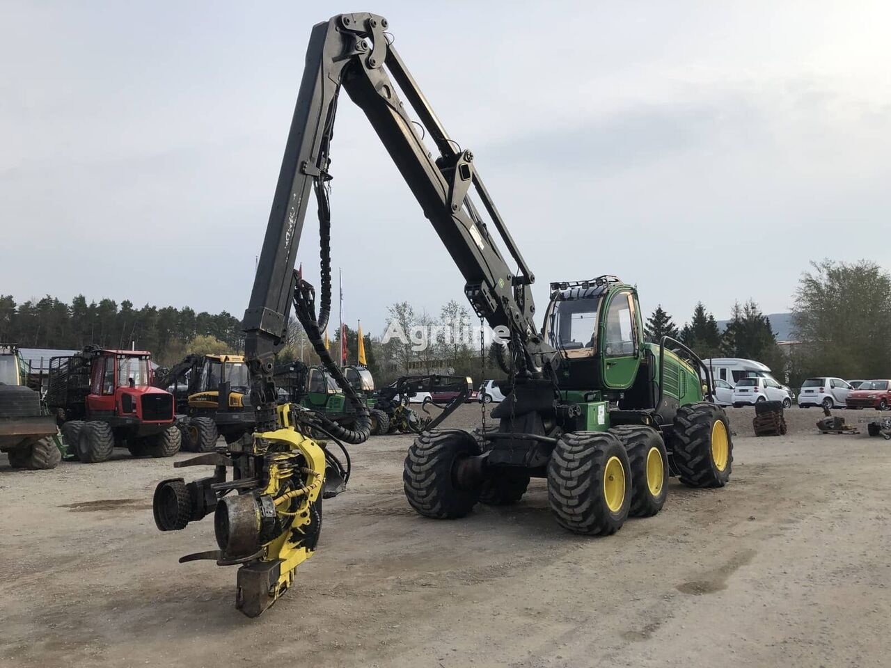 harvester JOHN DEERE 1270E IT4