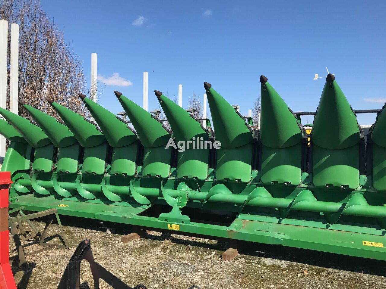 nov koruzni adapter JOHN DEERE 612C