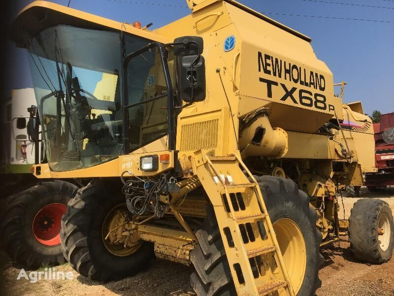 silokombajn NEW HOLLAND MOISS - BATT NEW-HOLLAND TX 68 PLUS