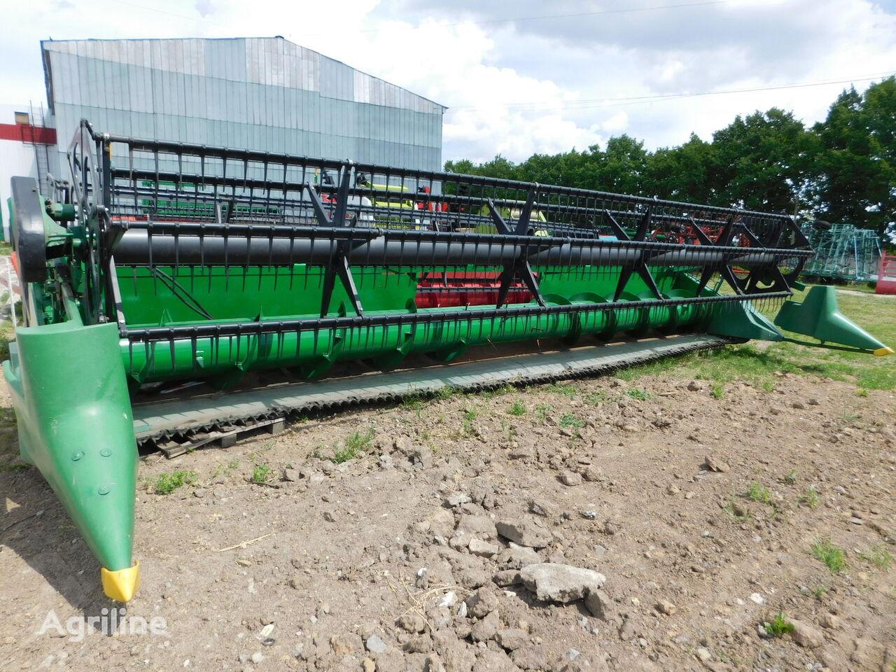 žetveni stroj JOHN DEERE 925 Flex 7,6 m