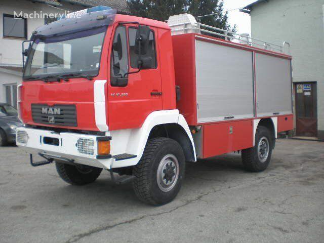 gasilsko vozilo MAN 10-220
