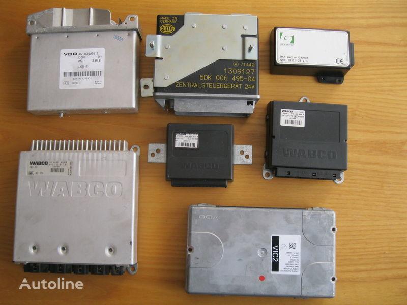 nadzorna enota DAF STEROWNIK VIC ABS EBS ECAS za vlačilec DAF XF 105 / 95