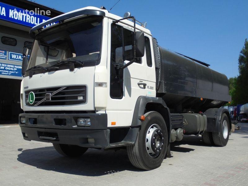 prevoz mleka VOLVO FL220