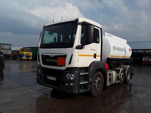 tovornjak cisterna za gorivo MAN TGS 24.440