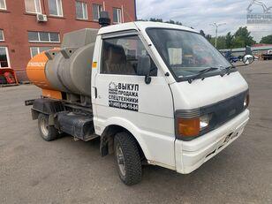 tovornjak cisterna za gorivo NISSAN vanette