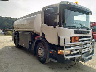 tovornjak cisterna za gorivo SCANIA P124 360