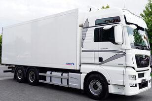 tovornjak hladilnik MAN Man TGX 28.560 BL 6X2 Euro 6 / SCHMITZ REFRIGERATOR 18 PAL