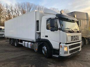 tovornjak hladilnik VOLVO FM 330 6x2 Hűtős + HF