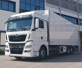 nov tovornjak izotermičen MAN TGX 26.470 6X2-4 LL