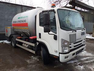nov tovornjak plinska cisterna ISUZU