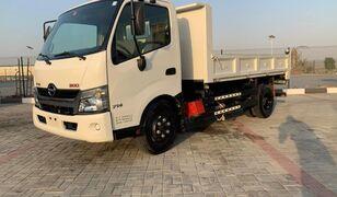 tovornjak prekucnik HINO 300