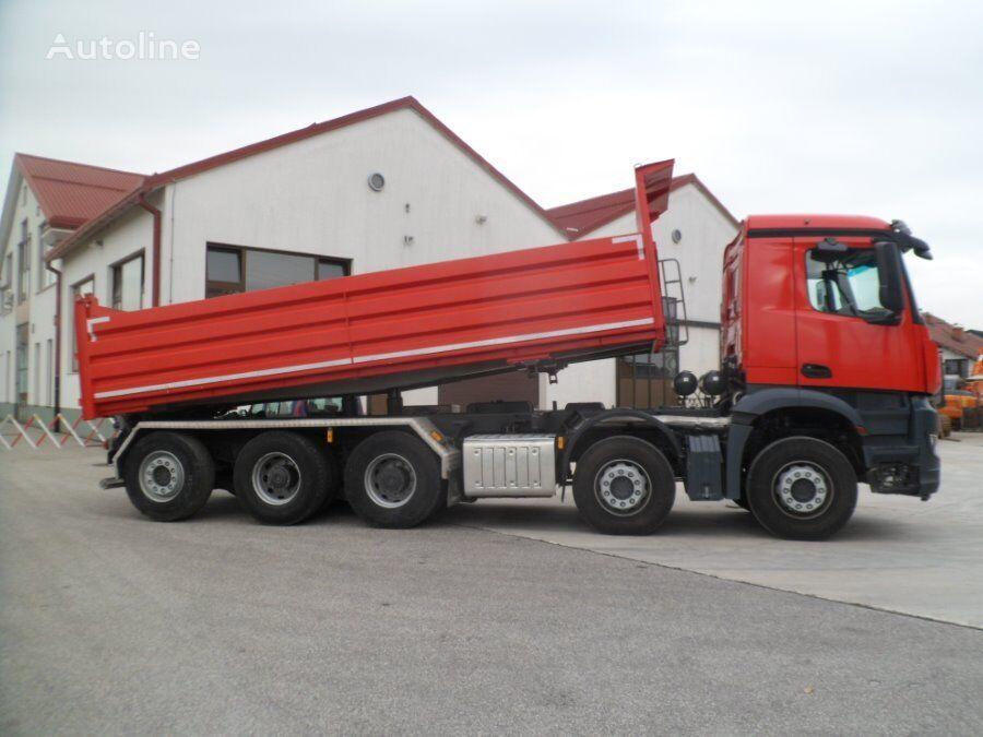 tovornjak prekucnik MERCEDES-BENZ 4451