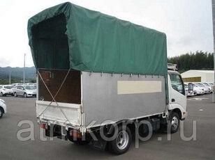 tovornjak s ponjavo HINO Dutoro