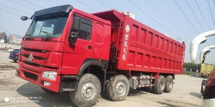 tovornjak s ponjavo HOWO 375