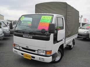 tovornjak s ponjavo NISSAN Atlas