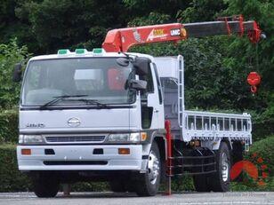tovornjak tovorna ploščad HINO Ranger