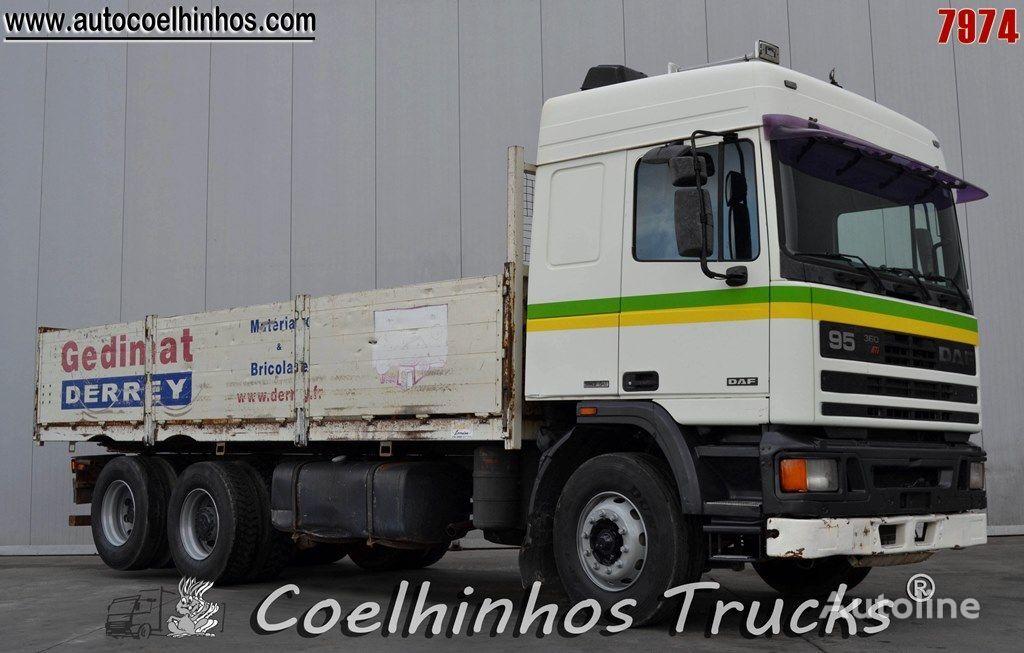 tovornjak tovorna ploščad DAF 95 ATi 360