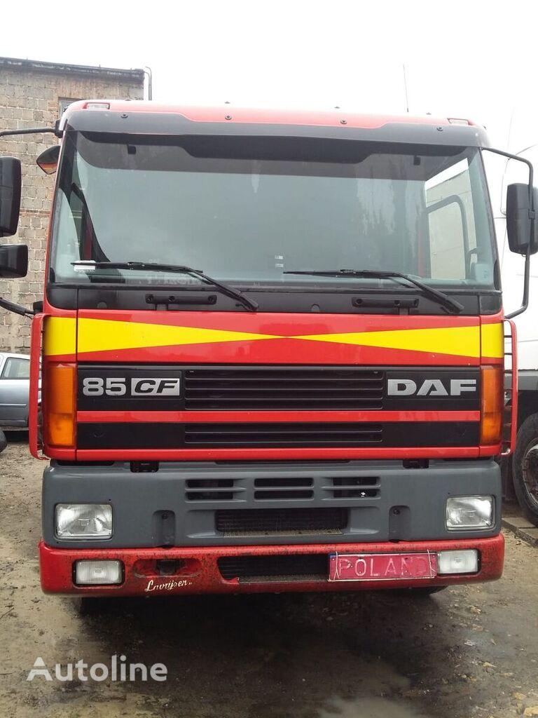 vlačilec DAF CF 85 380 EURO 2 LIKE NEW !!!