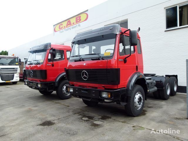 vlačilec MERCEDES-BENZ 2629 K / 2 Identical trucks