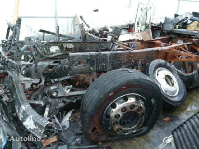 poškodovan vlačilec MERCEDES-BENZ Actros 1842 MP 4 Stream Space Unfallfahrzeug